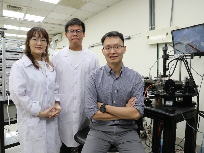 【Share - Steering Members News】National Chung-Hsing University's research team develop novel two-dimensional neural synapses to seek Artificial Neuromorphic Alternatives